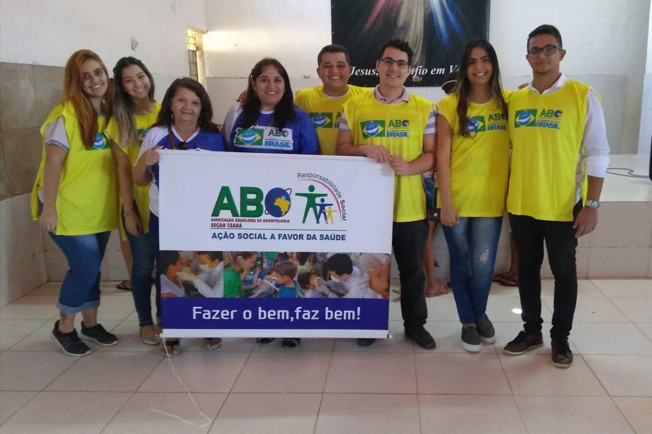 """Ação """" Um Sorriso do Tamanho do Brasil""""  –  Centro Social Lúmen"""